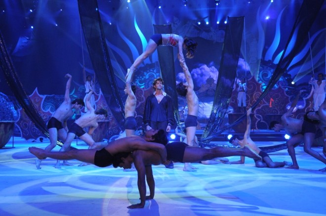 Hrithik enthralls at the IIFA awards 2010