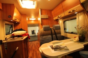 Hymer Compact 404 (5)