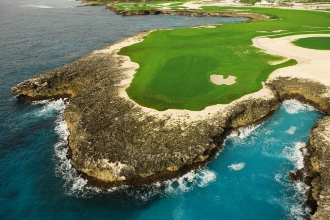 3.Hole 18 Corales Golf Course