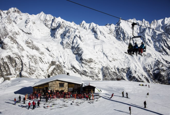 1.Ski in Aosta Valley photo by Gughi Fassino