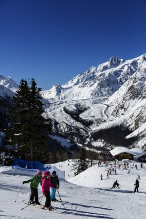 5.Ski Slopes in Aosta Valley photo by Gughi Fassino